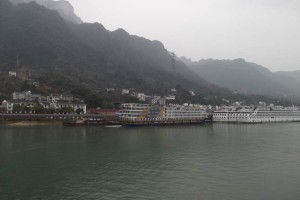 Resilience Handbook author Elizabeth J Walker explores the Yangtze river