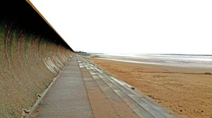 Curved sea wall Burnham on sea may2018