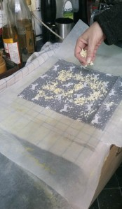 showing how much wax to use on one of the small cloths